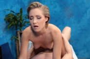 Cute Girl Bailey Bae Fucks Her Massage Client After A Rub Down - Picture 12