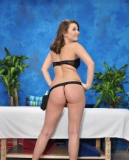 Cali Hayes Fucks Her Massage Client After A Rub Down - Picture 4
